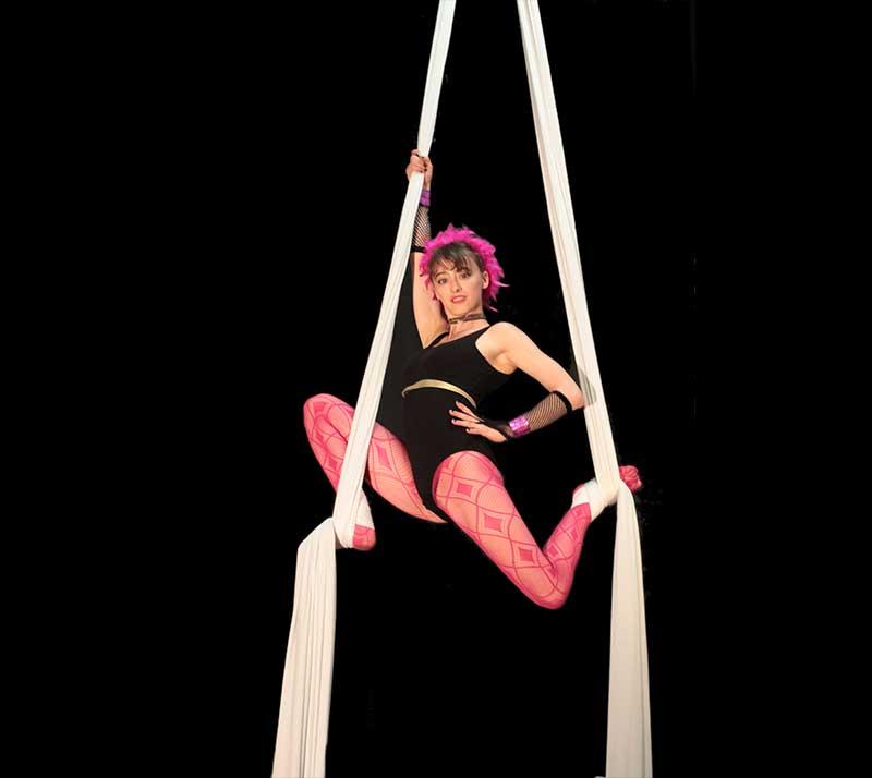espectaculo circo acrobatas